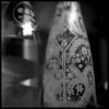 Une bouteille d'eau stylisée par Christian Lacroix