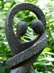 amour sculpture2